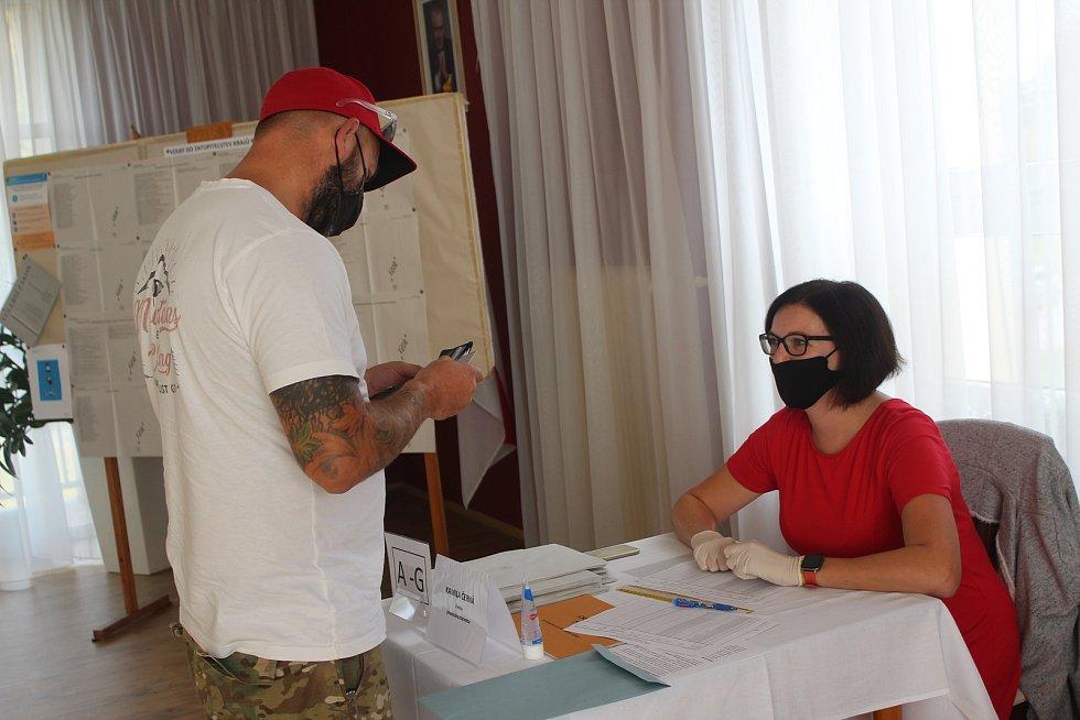 Krajské volby se týkaly i obce u Rokycan