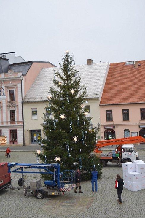 Vánoční strom v Rokycanech.