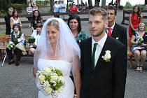 Ženich Martin Popelka a nevěsta Vendula Meierová (oba z Lipnice)