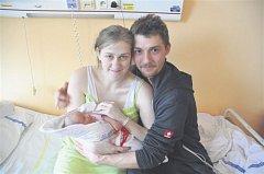 Kateřina KRÁTKÁ ze Skořic si pro svůj příchod na svět vybrala datum 18. února. Narodila se ve 23 hodin a 58 minut. Manželé Jana a Petr věděli dopředu, že jejich první dítě bude holčička. Malá Kačenka vážila při narození 3970 gramů, měřila 51 cm.