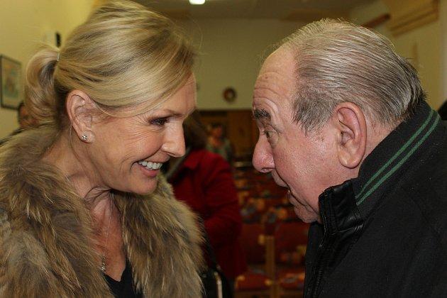 Helena Vondráčková se v Liblíně setkala s Oldřichem Havránkem, dlouholetým řidičem Karla Gotta.