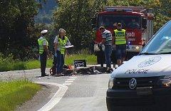 Osmačtyřicetiletý motorkář nepřežil střet s osobním vozem nedaleko Mýta.