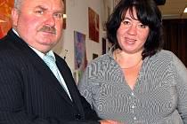 Krajský radní František Bláha řešil s liblínskou starostkou Ester Lalákovou oslavu dvou letošních kulatin – 60 let DSS a 830 let obce. Akce je připravena na 20. srpna.