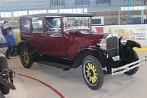 Výstava historických vozidel v Rokycanech.