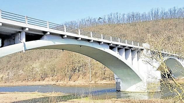Most v Liblíně byl otevřen roku 1929.