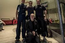 OBYVATEL VITINKY Marián Jeziak (nahoře uprostřed) přivezl další zlato.