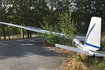 Nehoda větroně při přistání.