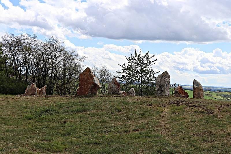 Kamenný kruh podle tradic druidů...