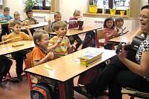 Kluci a holčičky z rokycanských mateřinek zažili v ZŠ ulice Míru opravdové vyučování.