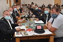 Volební schůze okresního sdružení hasičů ve Strašicích.