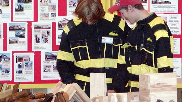 Prezentace středních škol a akademie řemesel nadchla také osazenstvo stánku SOU stavebního z Plzně.
