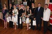 Do Rokycan se sjeli tanečníci.