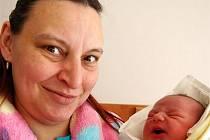 Bohdan SHEVCHENKO z Břas se narodil na sále rokycanské porodnice 8. března. Přišel na svět v půl páté odpoledne. Maminka Irina věděla dopředu, že její první dítě bude chlapec. Malý Bohdan vážil při narození 3500 gramů, a měřil rovných 50 cm.