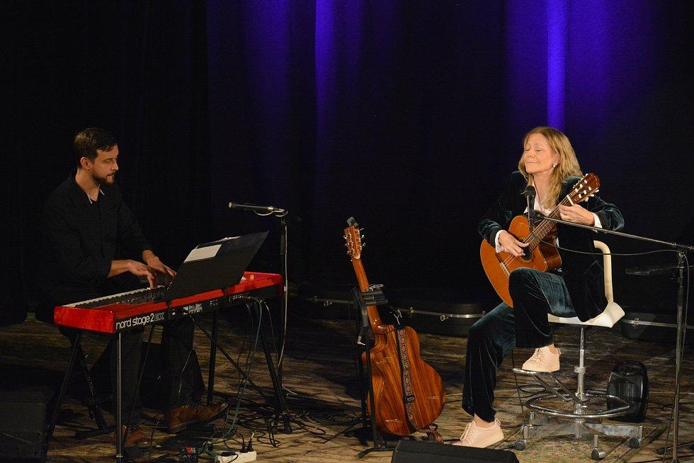 Lenka Filipová zazpívala v Týně nad Vltavou.