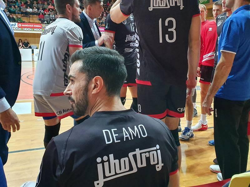 Českobudějovičtí volejbalisté přivítali v extralize Kladno, teď pojedou k zápasu Ligy mistrů.