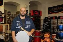 Bubeník Ondřej Brejcha.