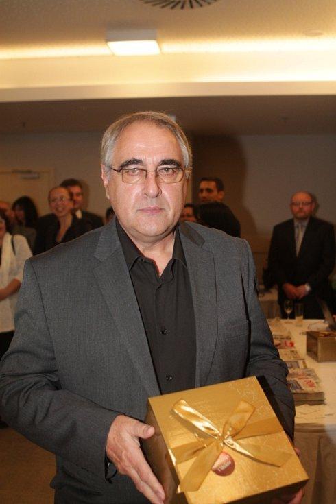 Slavnostní večer k ukončení třetího ročníku projektu Chováme se odpovědně. Na snímku je Josef Topka, ředitel Krajského školního hospodářství České Budějovice.
