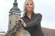 Úspěšná sportovkyně si z Prahy nedávno odvezla domů do Boršova nad Vltavou titul vicemiss v celorepublikové soutěži Miss Aerobic.