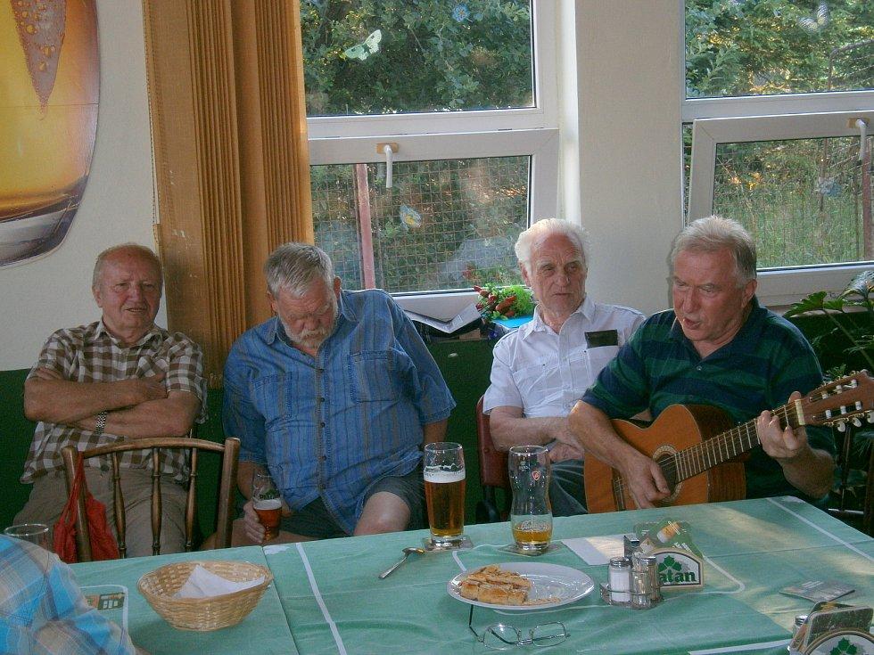 Pavel Svátek už hraje na kytaru v nebi.