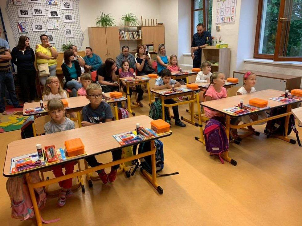 Začátek školního roku 2. září 2019 v ZŠ Střížov.