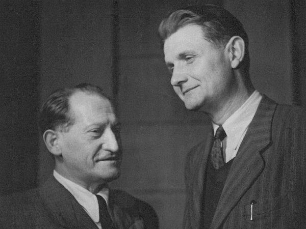 Programoví pracovníci budějovického rozhlasu Zdeněk Masopust a Václav Piloušek.