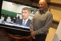 Volební tým hnutí ANO 2011 neskrývá nadšení z průběžných výsledků.
