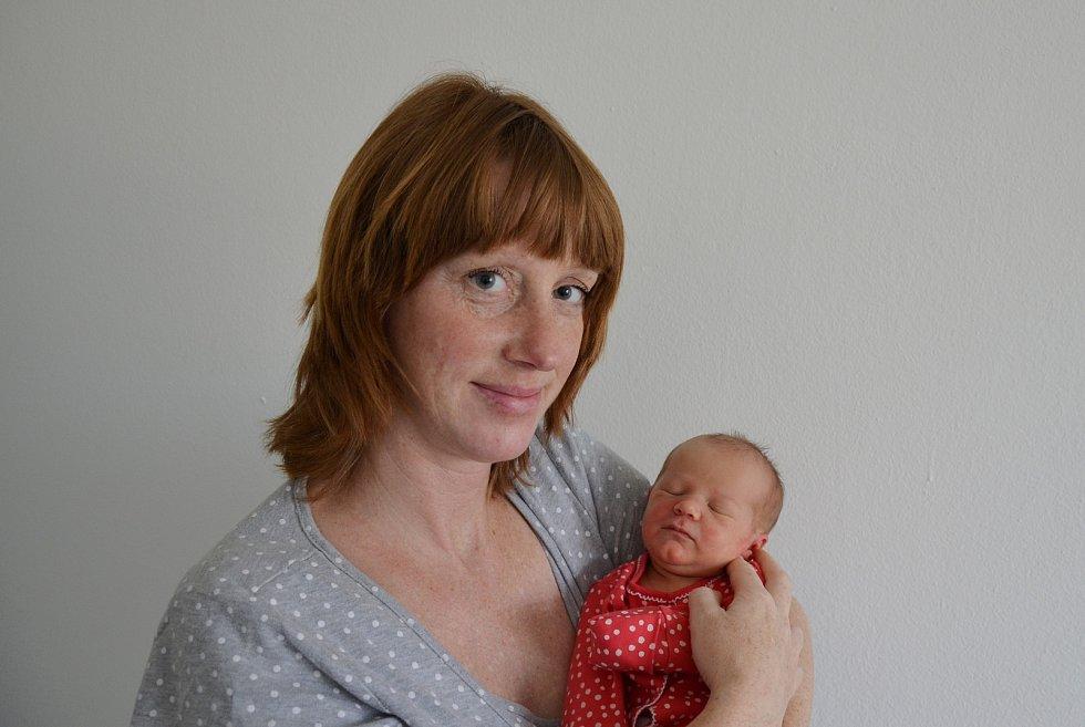 Antonie Kovandová z Města Touškov. Dcera Kateřiny a Milana Kovandových se narodila 15. 3. 2021 v 10.19 hodin. Při narození vážila 2900 g a měřila 47 cm. Doma se na ni těšil bráška Antonín (3).