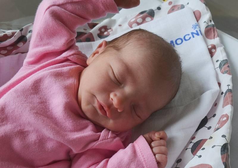 Nikola Jakešová z Chyšek. Dcera Kristýny Stanislavové a Pavla Jakeše se narodila 14. 9. 2021 v 17.58 hodin. Při narození vážila 3350 g a měřila 49 cm.