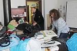 Příprava kabelkového veletrhu v Českých Budějovicích v obchodním centru IGY
