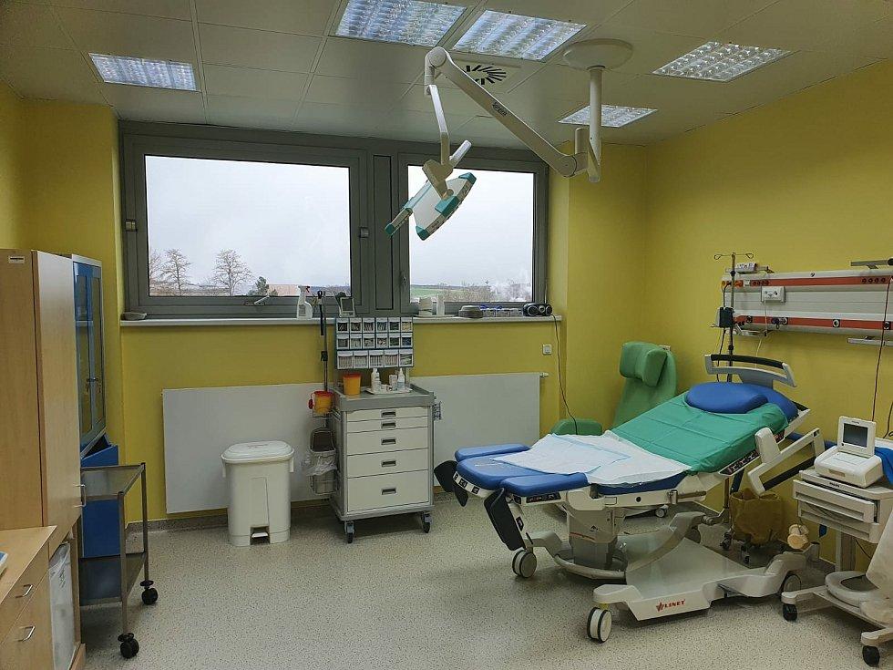 Dvaatřicetiletý lékař Daniel Gilani pracuje na gynekologicko-porodnickém oddělení v Českých Budějovicích šestým rokem a práce ho stále naplňuje.