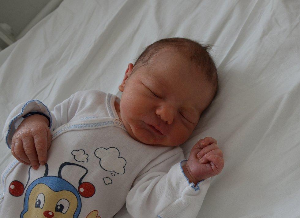 Alois Koberna z Babic. Prvorozený syn Adély Záhorkové a Lukáše Koberny se narodil 20. 3. 2021 ve 21.43 h. Při narození vážil 3,35 kg.