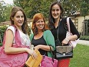 Hned čtyři kabelky darovala do VIP kabelek porotkyně StarDance Eva Bartuňková.  Působila v nedávném  parku na Rio Lipno, kde slovem provázela vystoupení tanečníků a lekce tanců pro návštěvníky.