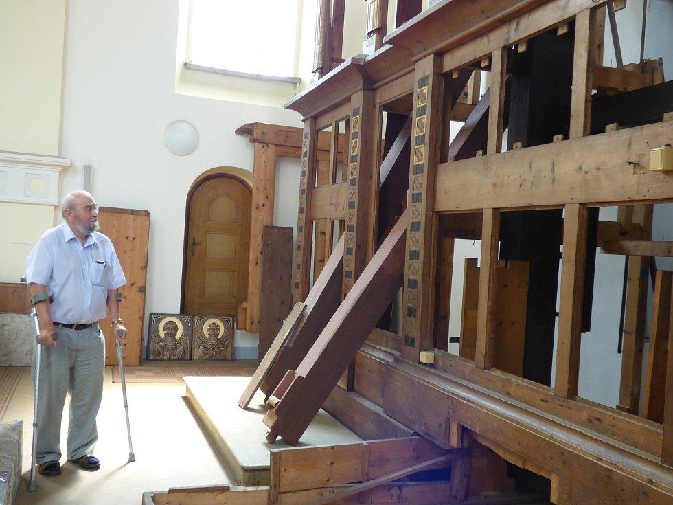 Oprava varhan v kostele sv. Jana Nepomuckého vyšla zatím na 3,8 milionu korun. Konečná cena by ale měla být 4,5 milionu korun.