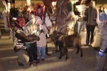 K oblíbeným akcím pod Landštejnem patří každoročně i řádění čertů.