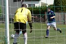 V I.B se měnili trenéři. Jankově skončil po podzimní sezoně trenér Kukla a na Srubci složil funkci Petr Mrkvička. Nahradil ho Milan Čečka (ilustrační foto).
