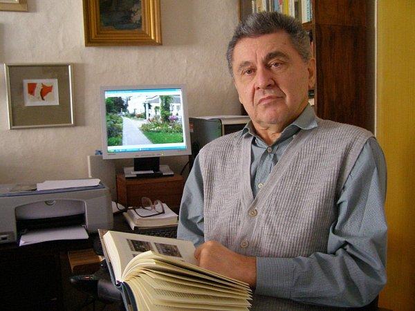 Ve věku 69let zemřel 23.ledna 2013spisovatel Jan Nouza.