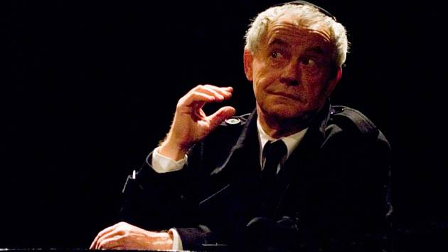 Herec Petr Šporcl (* 7. 1. 1942 – † 28. 8. 2014) jako Shylock v Kupci benátském.