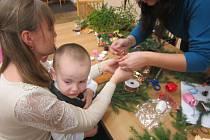 Děti cizinců přijímají vánoční zvyky jako jejich čeští vrstevníci.
