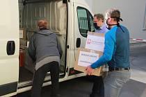 Charita pomáhá až do Itálie