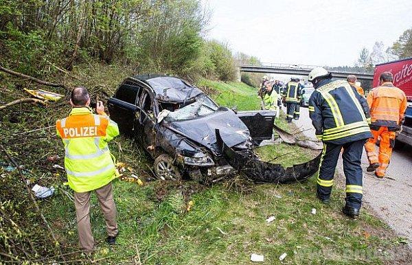 Zmísta havárie českého auta.