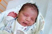 Zoltán Chavier Váradi se v českobudějovické nemocnici narodil 9. 8. 2017 v 5.47 h. Vážil 3,5 kilogramu. Doma se na brášku těšili tři sourozenci – sedmiletý Kristian, pětiletá Milada a dvouletá Jenifer.