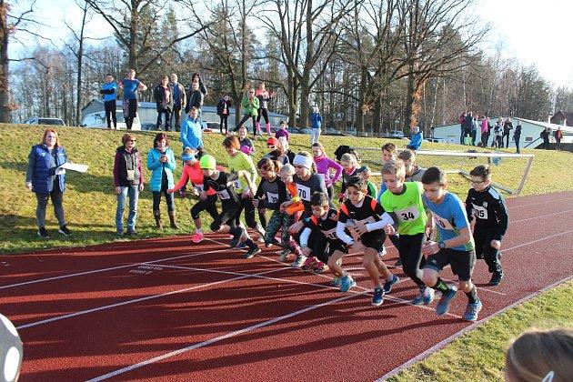 Za slunného počasí se v sobotu konal ve Zlivi Tříkrálový běh.