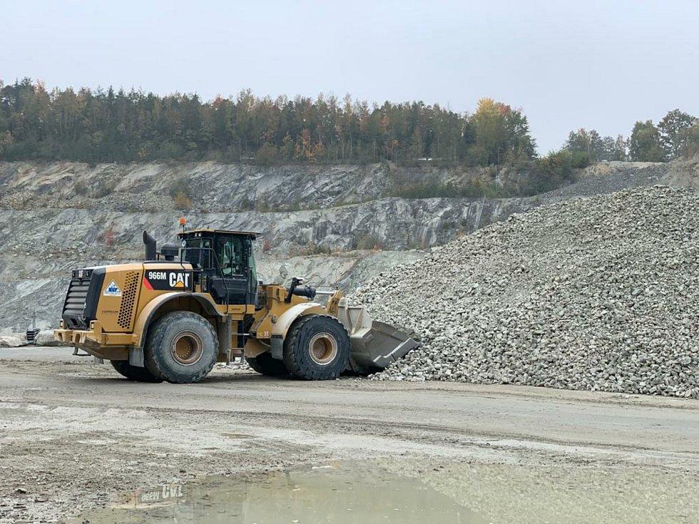 Pro dlouhodobé zásobování kvalitním drceným kamenivem jsou pro Jihočeský kraj klíčová ložiska Ševětín.