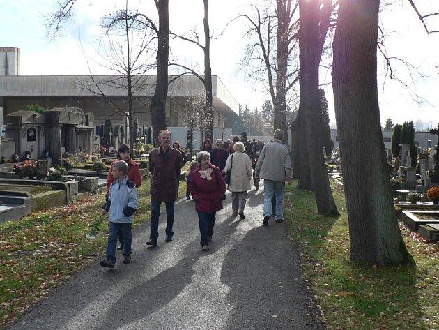 Hřbitov U svaté Otýlie v Českých Budějovicích. Ilustrační foto.