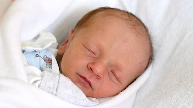 Blanka Štindlová je maminkou novorozeného Josefa Slavíka. Porodila jej 6. 5. 2019 v 16.09 h. Malý Josef po porodu vážil 2,49 kg. Žít bude v krajském městě.