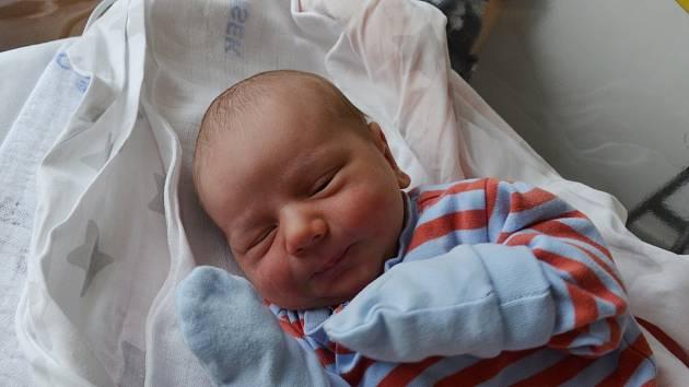 Nikolas Padykula z Protivína. Prvorozený syn Lenky Padykulové a Štefana Bodnára se narodil 21. 3. 2021 v 00.01 hodin. Při narození vážil 3000 g a měřil 49 cm.