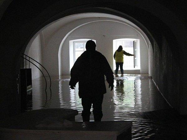 Povodeň vpasovské galerii Kulturmodell, kde právě vystavují jihočeští umělci.