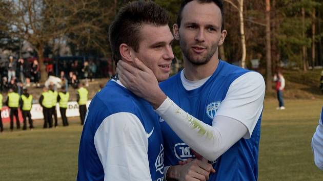 Hrdina zápasu Táborska s Hradcem Miloslav Strnad (vlevo) spolu s Antonínem Preslem.