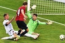 První gól české jednadvacítky s Albánií dal v Č. Budějovicích po chybě gólmana Alii Tomáš Ostrák.