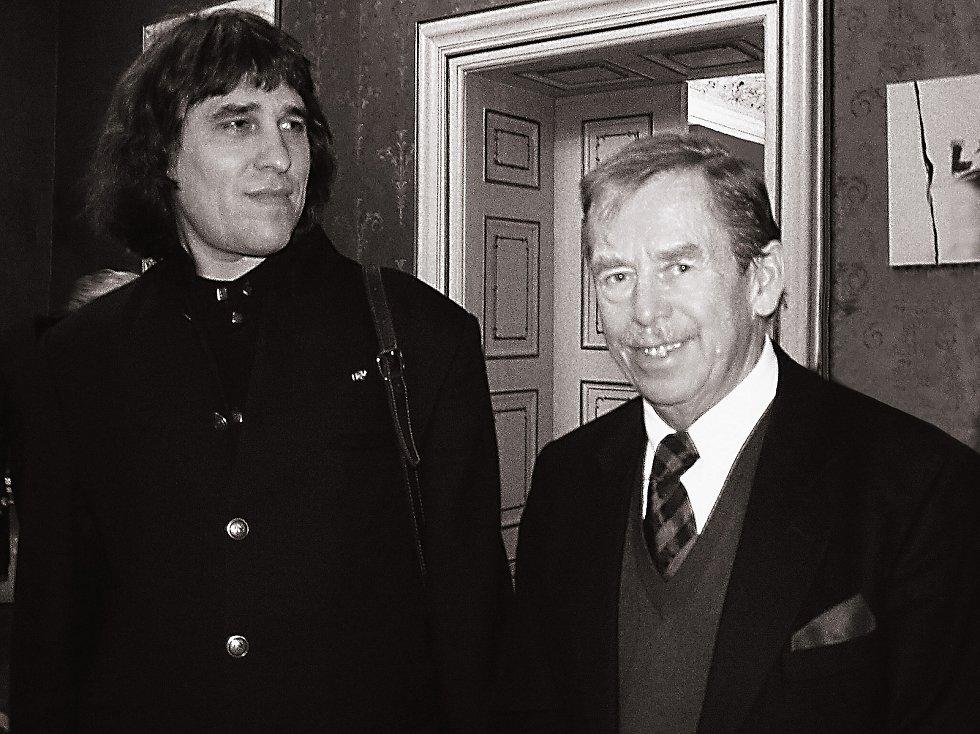 S prezidentem Václavem Havlem na vernisáži výstavy.